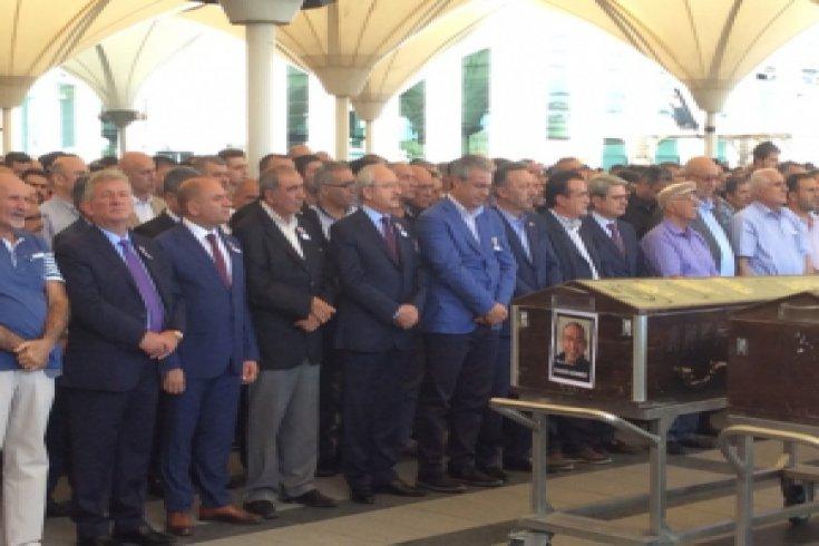 Kılıçdaroğlu, Azimet Gürbüz ve ailesini acı gününde yalnız bırakmadı