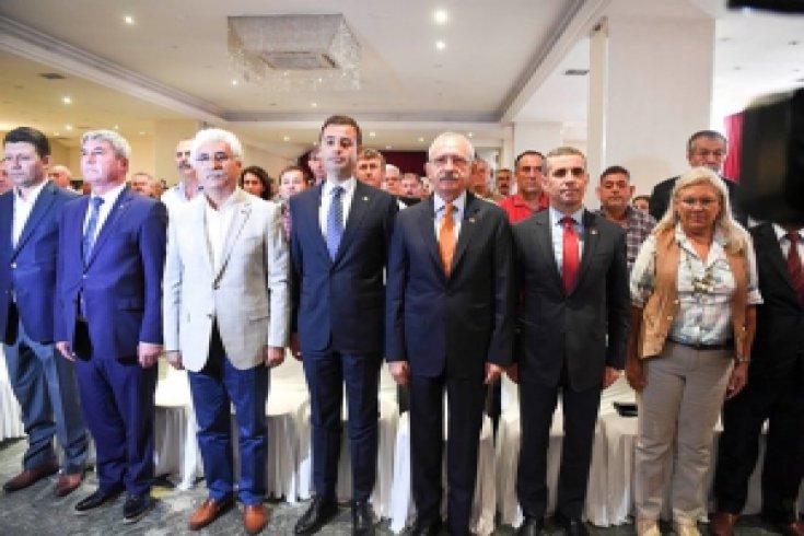 Kılıçdaroğlu Balıkesir'de Tarım Çalıştayı'na katıldı