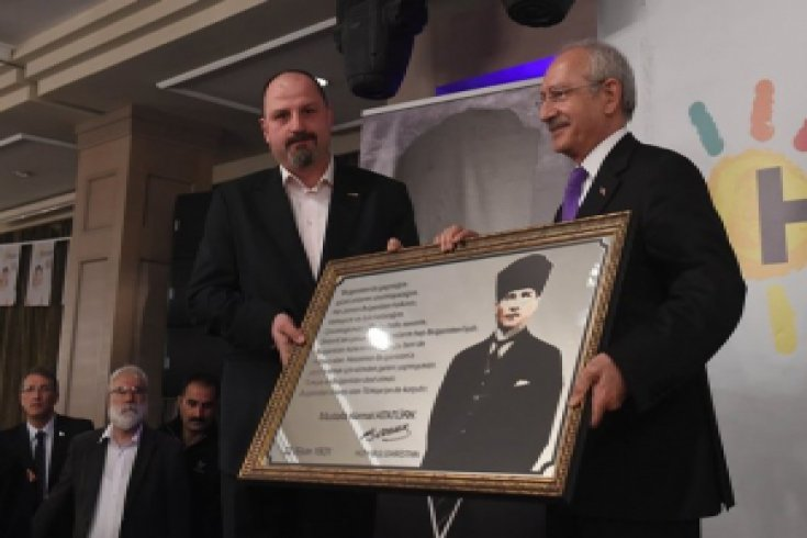 Kılıçdaroğlu, Bursa'da Rumeli Balkan göçmenleri dernek ve federasyon temsilcileriyle buluştu