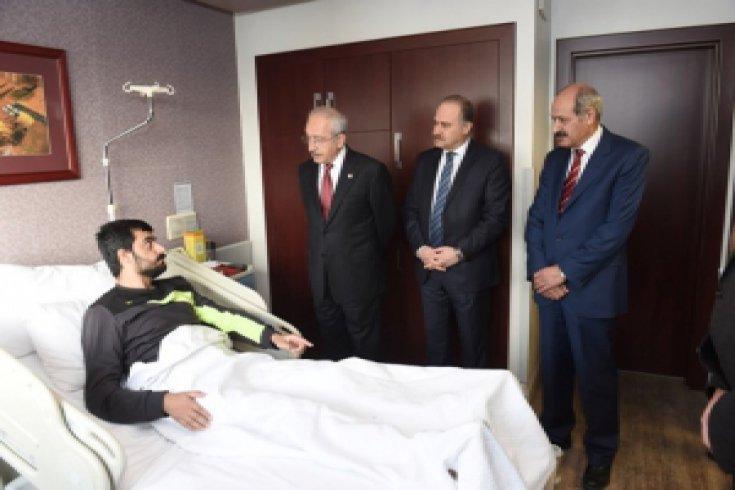 Kılıçdaroğlu, Demiz Demir'i ziyaret etti