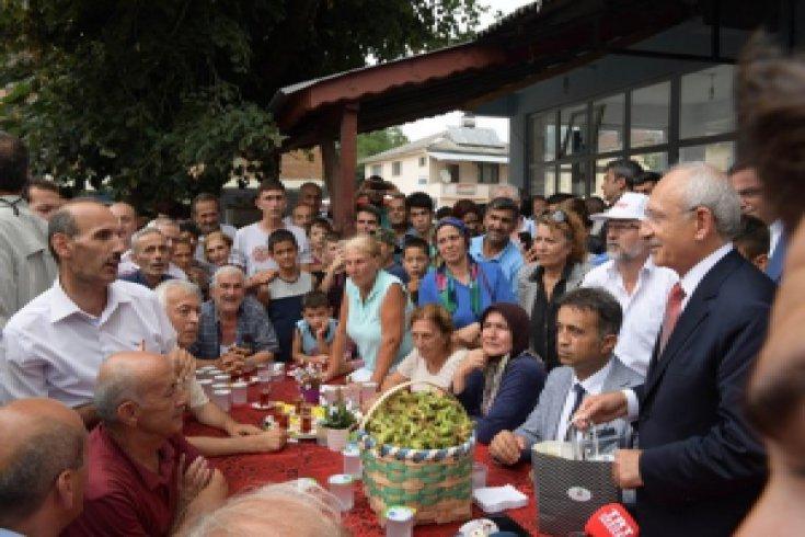 Kılıçdaroğlu, Düzce'de vatandaşları dinledi