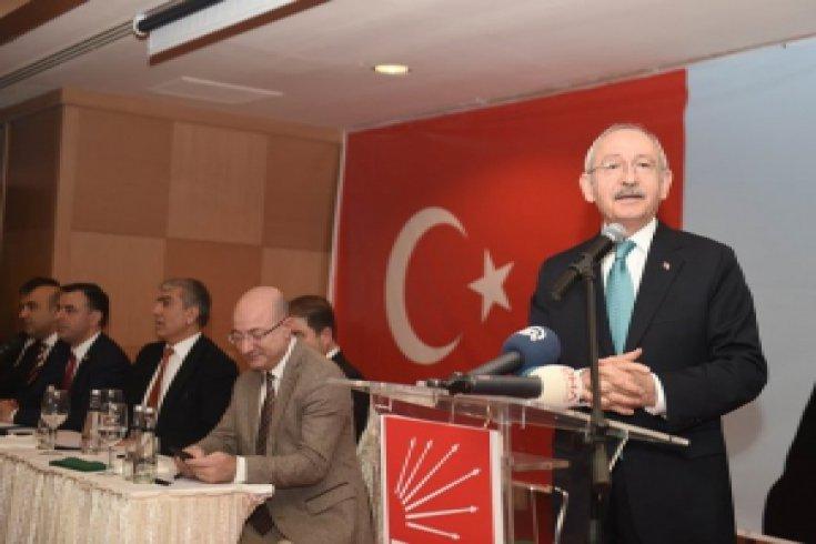 Kılıçdaroğlu, Iğdır ve Ardahan illerinin dernek ve federasyon temsilcileriyle buluştu