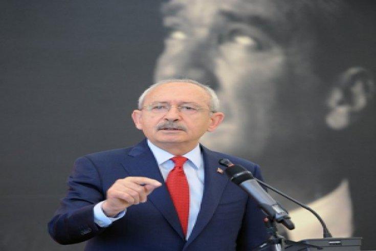 Kılıçdaroğlu, İstanbul 2.Seçim Bölgesindeki muhtarlarla bir araya geldi