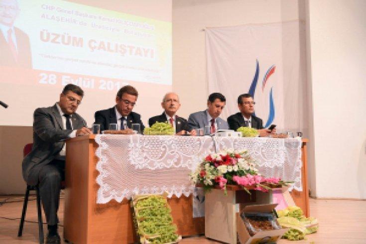 Kılıçdaroğlu, Manisa'da Üzüm Çalıştayı'na katıldı