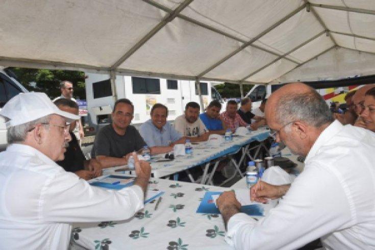 Kılıçdaroğlu, Merkez Yönetim Kurulu'nu Adalet Yürüyüşü'nün mola yerinde topladı