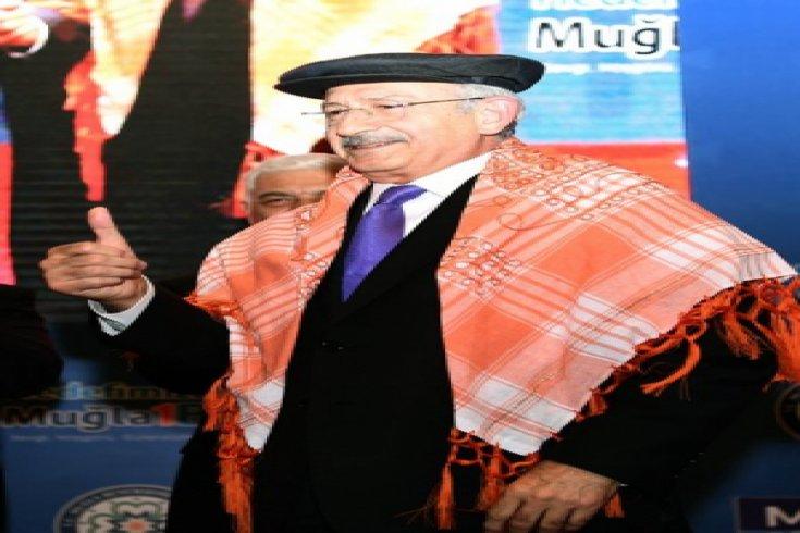 Kılıçdaroğlu, Muğla'da muhtarlarla bir araya geldi