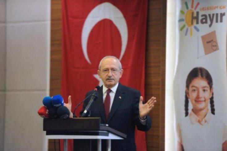 Kılıçdaroğlu, Samsun'da muhtarlar, şehit yakınları, gaziler ve hemşehri derneklerinin temsilcileriyle buluştu