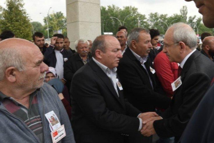 Kılıçdaroğlu, şehit piyade er Emre Karagöz'ün cenaze törenine katıldı