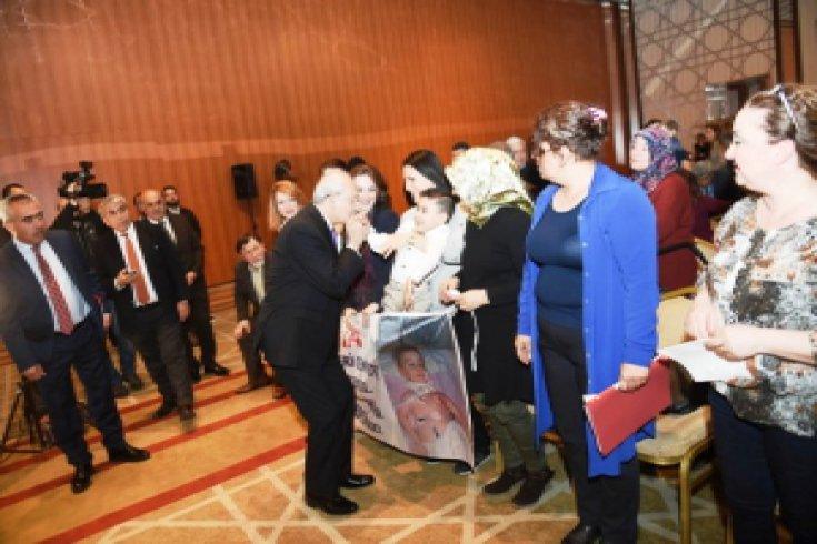 Kılıçdaroğlu, SMA hastalarının yakınları ile görüştü