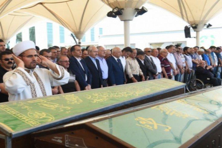 Kılıçdaroğlu, Tuncay Yazıcı'nın cenazesine katıldı