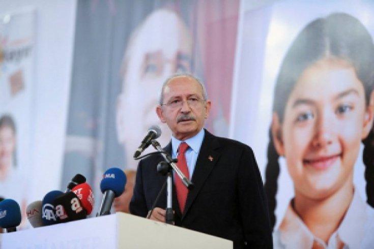 Kılıçdaroğlu,Gaziantep'te sivil toplum kuruluşları, muhtarlarla bir araya geldi
