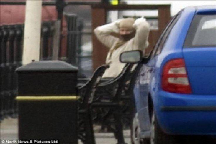 Müslüman bir kadın görüldü paniği!