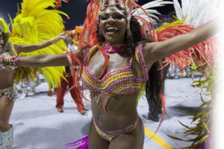 Rio'da Karnaval Bambaşka