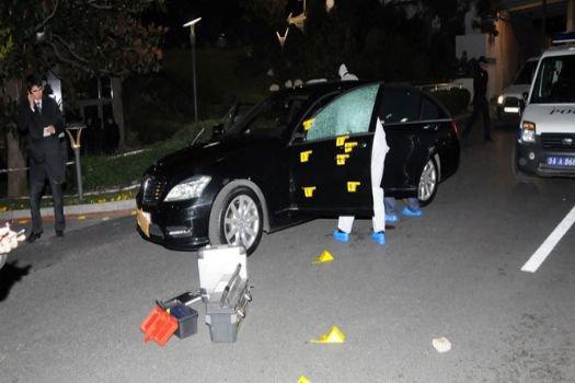 Ceylan Otel'in sahibinin aracına saldırı