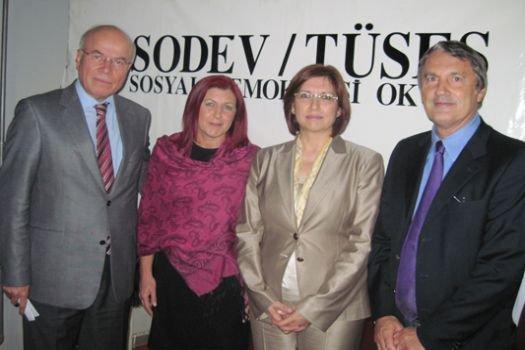 Sosyal Demokrasi Okulu 13 Ekim'de Başladı