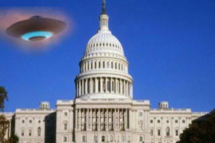 17 bin kişi Obama'ya uzaylıları sordu