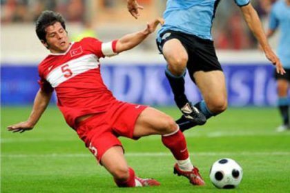 'Futbolcular örgütlenmeli'