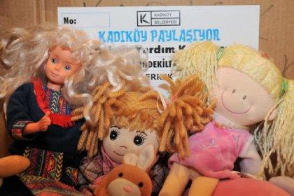 Van'lı çocuklara tır dolusu oyuncak ve şeker