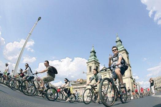170 ülkede bisikletli eylem