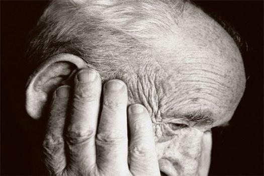 Depresyon Alzheimer'ı Tetikliyor mu?