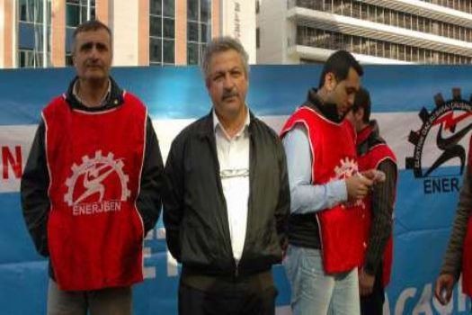Direnişi kazanan BEDAŞ işçileri çadırları kaldırdı