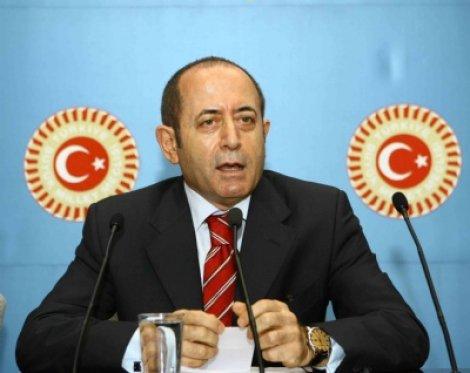 Hamzaçebi, Ataşehir Belediyesi'ni sordu