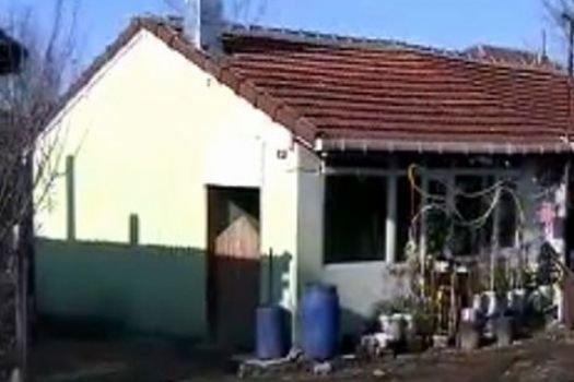 Piyango talihlisi kapıyı açık bırakıp kaçtı