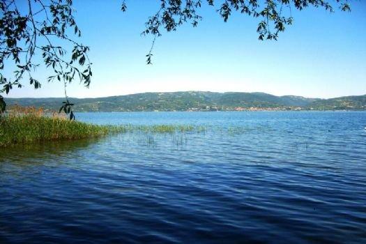 Sapanca Gölü'ne Yakıt Sızdı