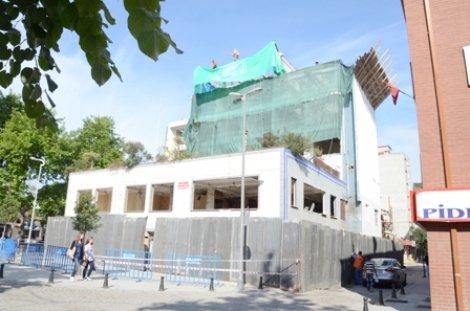 Silviya Otel'in yıkımına başlandı