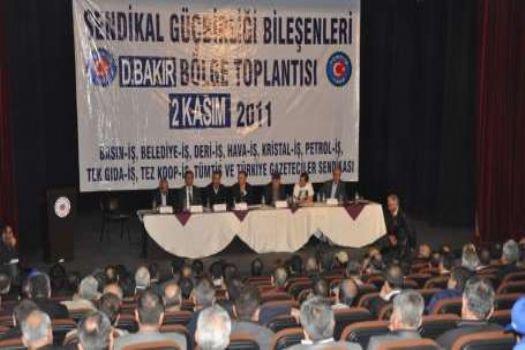 'Uyuyan dev uyandı, Türk-İş değişecek!'
