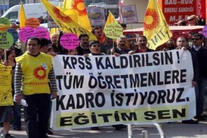 Güvenceli iş için yürüyen öğretmenler Bursa'da