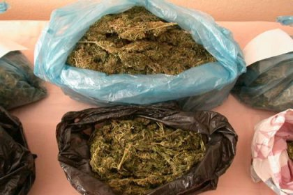 3 ilde uyuşturucu operasyonu