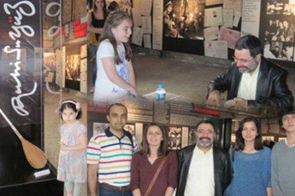 Ahmet Ümit, ''Ruhi Su Yüz''de Kitaplarını İmzaladı