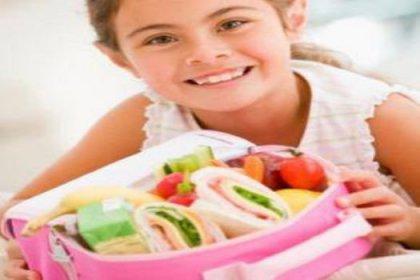 Altı öğün yiyen çocuğun performansı yüksek olur