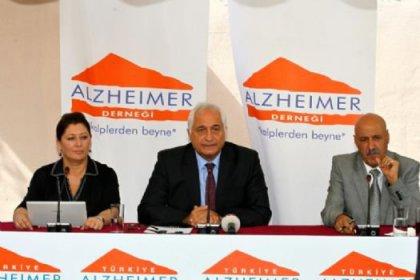 Alzheimer Günü'nden Açıklamalar