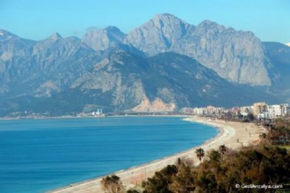 Antalya'da plajda büyük patlama
