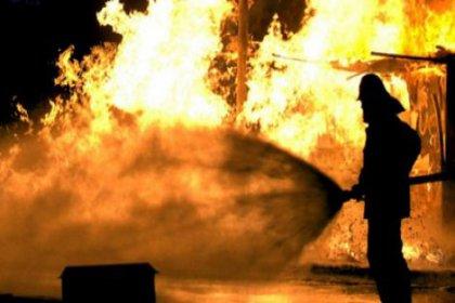 Ataşehir'de yangın; 2 ölü
