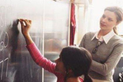 AYM'den sözleşmeli öğretmenlere müjde