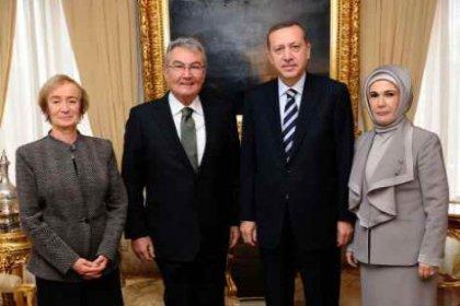Baykal ile Emine Erdoğan'ın ilginç diyaloğu