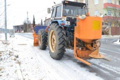 Belediye Ekipleri Kar Mesaisinde