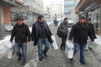 CHP'li Gençlerden Yoksullara Yardım