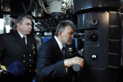 Cumhurbaşkanı Gül denizaltına girdi