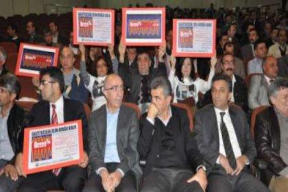 """Diyarbakır'dan """"barış"""" ve """"hak"""" talebi yükseldi"""