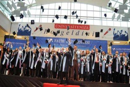Fatih Üniversitesi'nde mezuniyet sevinci