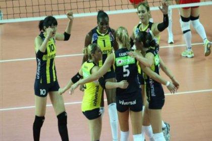 Filede kazanan Fenerbahçe Universal