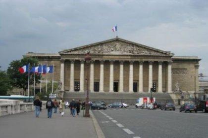 Fransa'ya büyükelçi resti