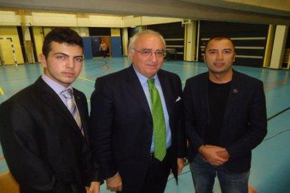 Hollanda Türk Gençleri'nden UETD'ye yanıt