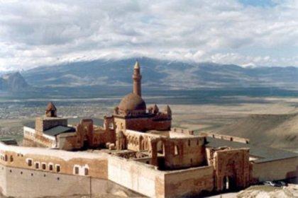 İshak Paşa sarayı restore ediliyor