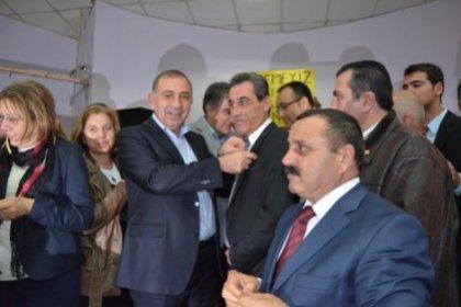 İzmir'de CHP'ye yoğun katılım