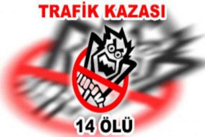Kazakistan'da trafik kazası: 14 ölü